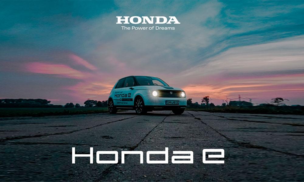 Den-Honda-e-mit-Advance-sportlichen-Design,-und-einer-umfangreichen-Innenausstattung-autocenter-grimmen-bt(1)